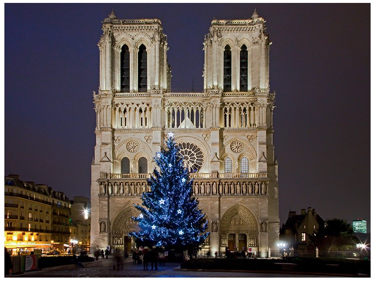 Christmas tour in Paris