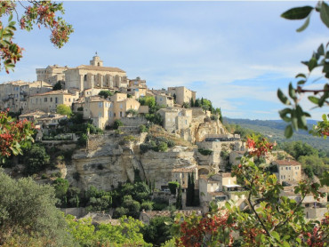 Provence package Small group tour 3 days 2 nights 4*hotel Aix en Provence to Marseille, Cassis, Luberon, Les Baux, Avignon