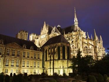 Gastronomia, Castelos e Vinhos do Loire, Borgonha e Champagne com guia Sommelier - 7 dias e 6 noites
